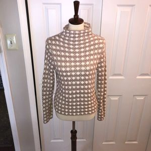 Anthropology Sz Small Sweater. Perfect condition!!
